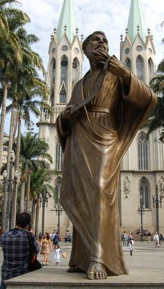 Estátua do Apóstolo Paulo, Praça da Sé - São Paulo - Brasil