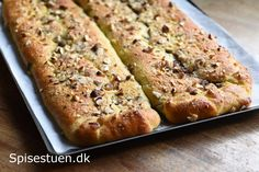 Danish Food, Sweet Bread, I Love Food, Banana Bread, Almond, Food And Drink, Sweets, Baking, Eat