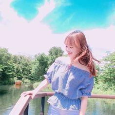 let the wind calm my heart ♡ chuu Girl Day, New Girl, S Girls, Kpop Girls, South Korean Girls, Korean Girl Groups, Loona Kim Lip, Chuu Loona, Lil Pump
