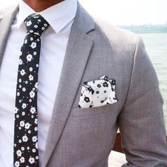 """""""A huge thanks to for the awesome tie and pocket square! Mens Fashion Suits, Mens Suits, Light Grey Suits, Suit Combinations, Tie And Pocket Square, Suit And Tie, Gentleman Style, Wedding Suits, Urban Fashion"""