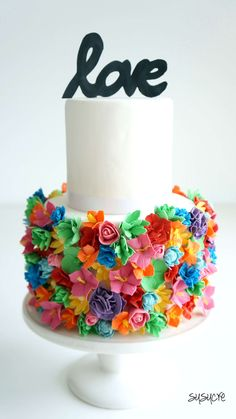 Bold Colors Flowers Love Wedding Cake - susucre