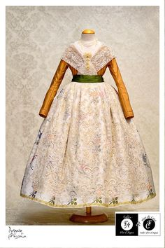 Victorian, Skirts, Dresses, Fashion, Dressmaking, Traditional, Gowns, Moda, La Mode