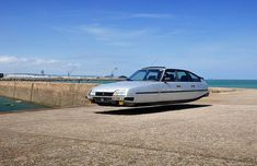 Flying Cars – The awesome retro-futuristic cars of Sylvain Viau ...