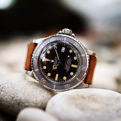 Rolex - Red Sub #watch #vintage #luxury @tradee_app