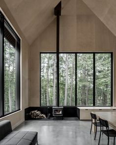 """3,386 Synes godt om, 44 kommentarer – The Local Project (@thelocalproject) på Instagram: """"Grand Pic Chalet designed by Montreal-based architectural firm @appareilarchitecture. Located in…"""""""