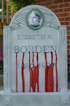 Love the idea of using pictures of real people on the tombstones. Endless possibilities!