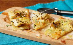 Pizza bianca med kronärtskocka och tryffelost