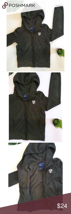 American Eagle Charcoal Gray Fleece Zip Up Hoodie Thick, fluffy dark gray charcoal fleece hooded jacket sweatshirt from American Eagle. So warm and cozy! Great for fall! Size small. American Eagle Outfitters Tops Sweatshirts & Hoodies