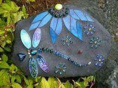 Leuk om zelf te maken | mozaik steen in je tuin Door Tiny123