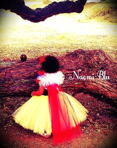 Storybook Disney Snow White Inspired Tutu dress glitter elastic headband. Great for costumes, photos, themed birthday Size 6 or 7