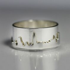 New York City Skyline Ring Sterling Silver (Made to Order) Jewelry Rings, Silver Jewelry, Jewelry Accessories, Jewellery, Jewelry Ideas, Kawaii, Diamond Are A Girls Best Friend, Sterling Silver Rings, Jewelry Making