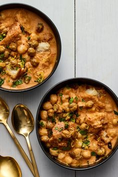 Tunisian chickpea soup recipe: This garlicky, spicy chickpea stew is exactly what you need – The Denver Post Crunchy Chickpeas, Canned Chickpeas, Stovetop Pressure Cooker, Slow Cooker, Chickpea Soup, Le Diner, Soups And Stews, Soup Recipes, Vegetarian Recipes