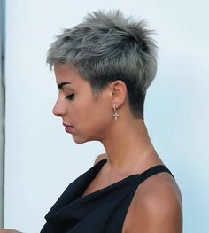 50 Latest Pixie And Bob Haircuts For Women - Cute Hairstyles 2019 - short-hairstyles - Cute Bob Haircuts, Asymmetrical Bob Haircuts, Bob Haircuts For Women, Short Hairstyles For Women, Cute Hairstyles, Gorgeous Hairstyles, Short Grey Hair, Short Hair Cuts, Short Hair Styles