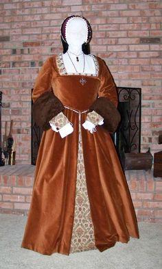 Tudor-GownFireplace2