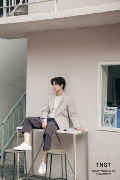 """""""park bogum for tngt ✧ tngt x general idea collaboration (behind x """" Asian Actors, Korean Actors, Pretty Boys, Cute Boys, Park Bo Gum Wallpaper, Park Bogum, Song Joong, Park Hyung, Choi Jin"""