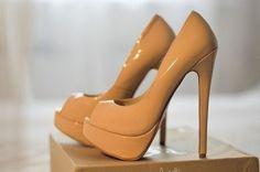 Llamativos zapatos de tacón alto 2015