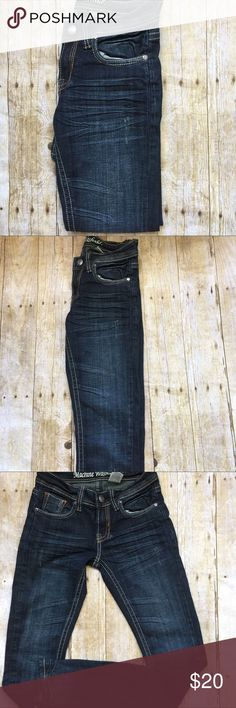 MACHINE WASHABLE SKINNY JEANS Machine washable jeans. Kinda black in color. In a good condition. Have some stitches blue design beside both pockets. Skinny jeans. Open to reasonable offers. Bundle up for discounts. Thank you. Inseam: 32... length; 41 Jeans Skinny