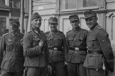 Wehrmacht offiziere and NCOs from SS NORD