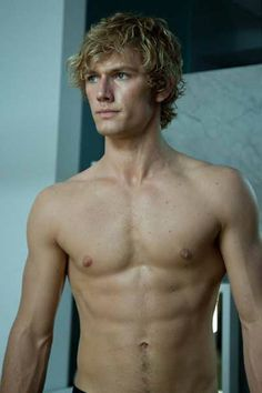 Alex Pettyfer once more. I needed a pic of abs too. :)