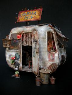 """""""Yamila Raja"""" by Julien Martinez. Miniature Houses, Miniature Dolls, Diy And Crafts, Arts And Crafts, Vintage Travel Trailers, Vintage Campers, Retro Trailers, Camper Trailers, Deco Originale"""