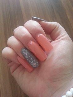 "I Love it :) my new ""long"" Nails ........"