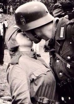"""""""German soldier kissing Russian female soldier (back when Germany and the Soviet Union were World War II allies), Brest-Litovsk, Poland, September """" German Soldiers Ww2, German Army, American Soldiers, Military Photos, Military History, Brest Litovsk, Aryan Race, Germany Ww2, Female Soldier"""