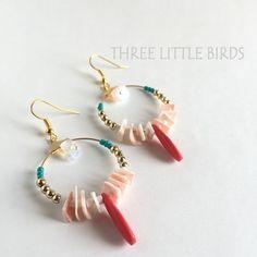 シェルカラフルピアス | THREE LITTLE BIRDS