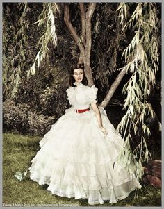 Scarlett waits for her father to come home from the Wilkes plantation in Gone With The Wind.
