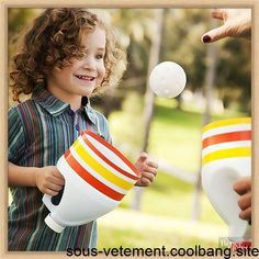 37 Fun and Creative Outdoor Games for the Most Epic Backyard Party, Don't throw away those empty bleach bottles -- transform them into an outdoor catching game! Cut the end off a cleaned bleach bottle and remove the. Outdoor Games For Kids, Outdoor Fun, Outdoor Crafts, Party Outdoor, Outdoor Ideas, Outside Games For Kids, Indoor Party Games, Games To Play With Kids, Kids Crafts