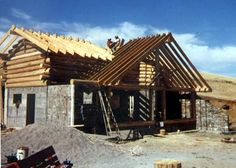 Stone and Log Home Construction: Building a Passive Solar Home on a Shoestring Budget with Slipform Stone Masonry and Skip Ellsworth's Butt-...