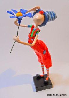 Luces en el aula: El juego del arte: 3° El Cuerpo Humano 3 - Modelado con alambre y papel Maché LOS ACRÓBATAS