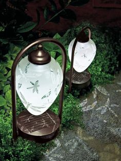 No-fuss lighting doubles as garden art! Elegant and efficient Solar Etched Dragonfly Lights require no hard wiring or batteries. And that dragonfly pattern that makes the shade pretty by day is cast on the ground at night! Outdoor Rooms, Outdoor Gardens, Outdoor Art, Outdoor Decor, Solar Path Lights, Dragonfly Decor, Solar Light Crafts, Patio Lighting, Lighting Ideas