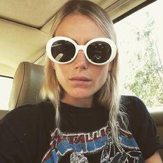 Dree Hemingway is a big fan of Metallica Mondays