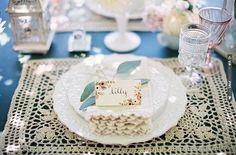 vintage wedding decor and the prefect place cards   VIA #WEDDINGPINS.NET