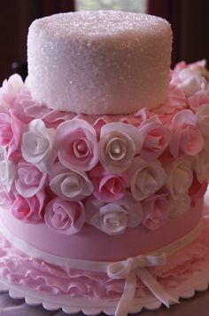 Beautiful Cake Pictures: Pink Rosebuds And Pink Sparkles Cake - Flower Cake, Pink Cakes - Gorgeous Cakes, Pretty Cakes, Cute Cakes, Amazing Cakes, Unique Cakes, Creative Cakes, Cake Pink, Sparkle Cake, Pink Sparkles