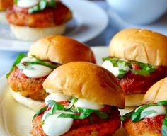 Easy Chicken Parmesan Sliders Entree Recipes, Snack Recipes, Easy Chicken Parmesan, Chicken Sandwich Recipes, Slider Recipes, Easy Snacks, Salmon Burgers, Entrees, Ethnic Recipes