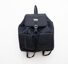 Vintage black 90s grunge women backpack / trendy rucksack / fashion style trend / travel carry on