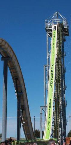 Die höchste Wasserrutsche der Welt  http://www.travelbook.de/welt/Name-Verrueckt-Endlich-eroeffnet-Die-hoechste-Wasserrutsche-der-Welt-483306.html