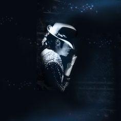 Michael Jackson #iPad #Wallpaper   Download more in http://www.ilikewallpaper.net/ipad-wallpaper/.