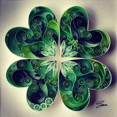 Quilled 4 leaf clover.