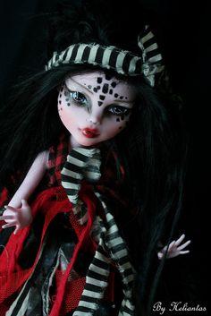 Monster High repaint