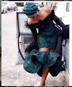 Image in African Fashion💋 collection by Ruth on We Heart It African Fashion Ankara, African Inspired Fashion, Latest African Fashion Dresses, African Print Fashion, Short African Dresses, African Lace Styles, African Print Dresses, African Bridesmaid Dresses, Aso Ebi Lace Styles