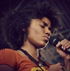Nneka!!! Love her