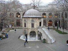 بورصة العاصمة السابقة للعثمانيين والمدينة الرابعة في#تركيا
