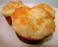 Cheesy Biscuits  1 1/2 cups Bisquick  3/4 cup buttermilk  3 Tbps sugar  1/4 tsp vanilla  1 cup cheddar cheese, shredded