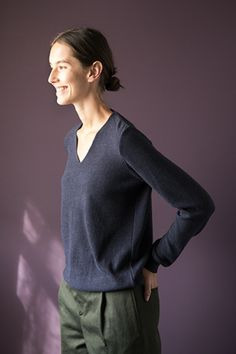 WOLFEN / SWEATER / BLUE /  KNITTED FROM MERINO WOOL www.wolfengermany.com