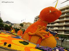 Next year, a few days after the Menton Lemon Festival in the French Riviera, line up to buy some of those lemons and oranges they used for these statues! At bargain basement prices, too!  http://allthingsriviera.com/what-happens-to-the-lemons-and-oranges-after-the-lemon-festival-in-menton/