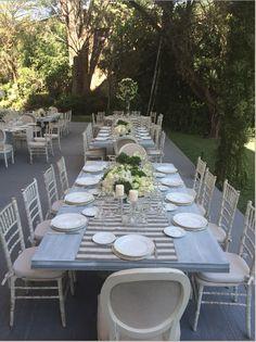 #evento #sillas #mantel #platos #evento #exterior #jardín #barioles #bariolescasa #DecoraciónParaEventos #EventPlanner