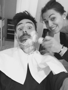 Barber Virginie at work for #ericzemmourmonacoII #selfie