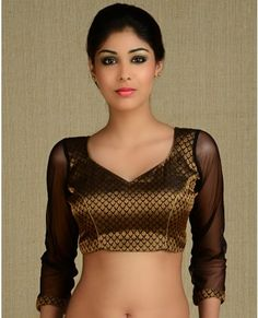 Love the 3/4 length sleeves choli